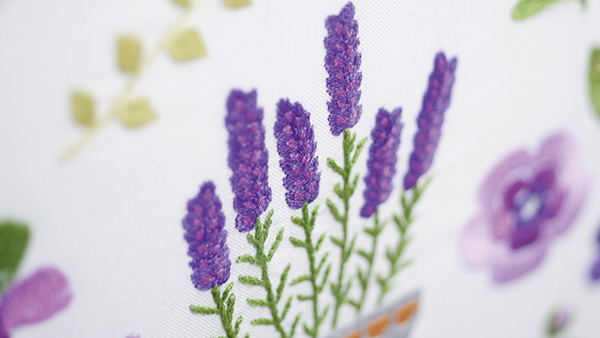 Embroidery-kit-with-ring-Lavender