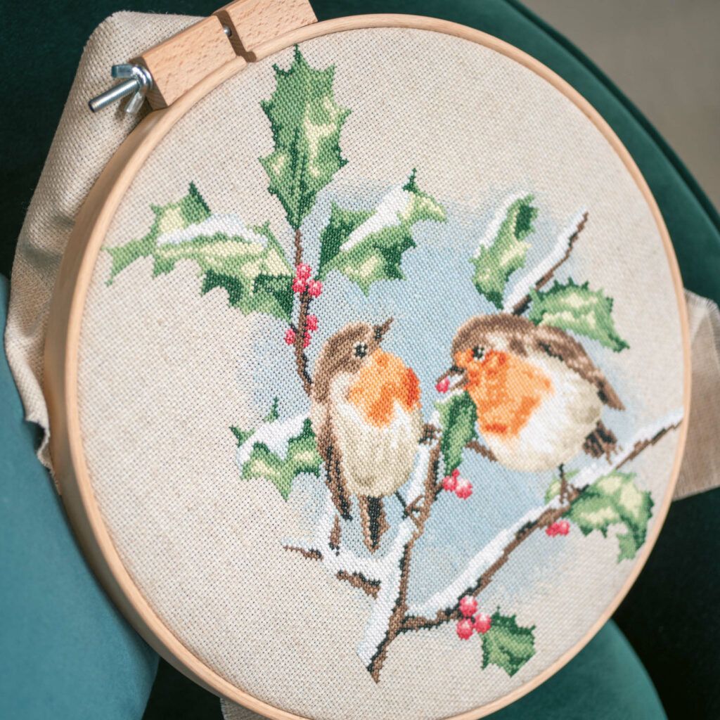 Counted cross stitch kit Winter robins PN-0170739
