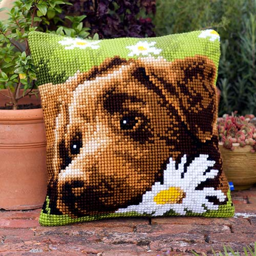 Cross stitch cushion kit Chocolate labrador PN-0153855
