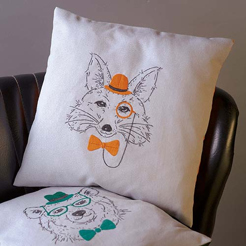 Embroidery cushion kit Fox with orange glasses PN-0156060