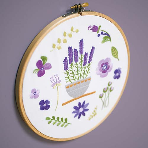 Embroidery kit with ring Lavender PN-0170752