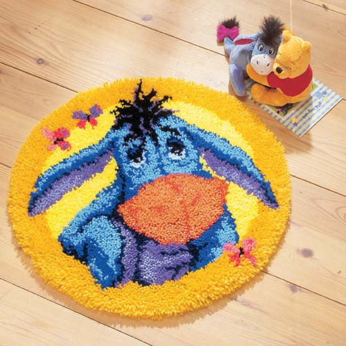 Latch hook shaped rug kit Disney Eeyore PN-0014706