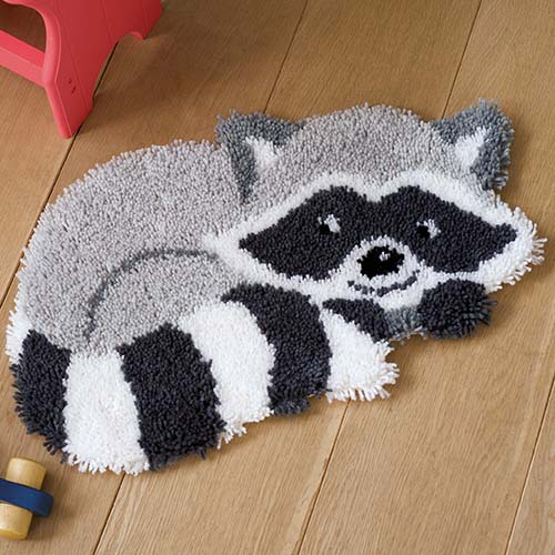 Latch hook shaped rug kit Raccoon PN-0156421