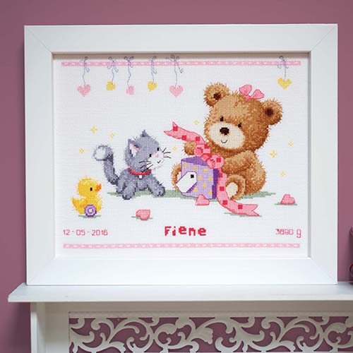 Counted cross stitch kit Bear & present PN-0157028